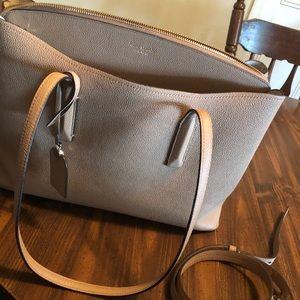 Kate Spade tote bag!! (Strap included)